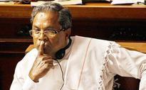 Panchayat member kisses Siddaramiah on cheek, calls him appaji
