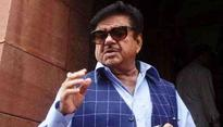 BJP wants Shatrughan Sinha, Yashwant to resign; here's why the Saffron party is not taking action against its rebel leaders