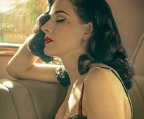 Here's Burlesque Star Dita Von Teese's Super-Classy eBay Ad For Her Vintage Car