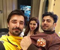 Fawad Khan and Mahira Khan have a Humsafar reunion