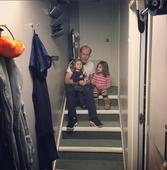 PHOTO: Bruce Willis Hangs Out with His Broadway Babies Backstage at MISERY