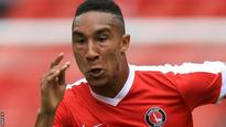 Woking extend Thomas loan from Charlton