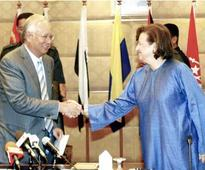 Najib praises and thanks Zeti