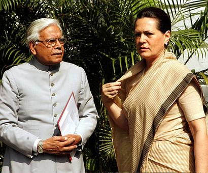 Dilli Gupshup: Sonia takes on the 'China problem'