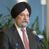 Hardeep Singh Puri Urges Govt Depts To Adopt Green Technologies For Residential Projects