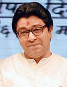 Raj takes on Sena, backs Modi