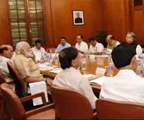 PM reviews drought situation in Andhra, Chhattisgarh