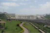 Narmada dam witnesses fresh overflow