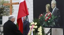 Poland honours late president and other plane crash victims