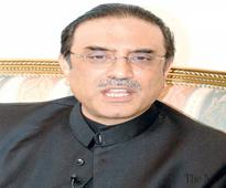 Zardari asks PPP to avoid frontal attacks on PM