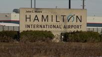Discount airline enlists Hamilton mayor's help to get off the ground