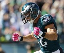 Eagles extend their leading special teams tackler