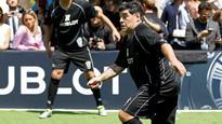 Maradona clash in 'match for peace'