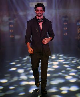 Playing by his own rules! Hrithik's got SWAG