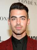 Recording artist Joe Jonas attends Glamour Women Of The Year 2016 at NeueHouse Hollywood on November 14, 2016 in Los Angeles, California.