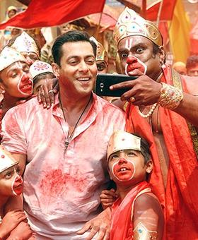 Bajrangi Bhaijaan inspired from Alice In The Cities?