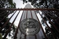 As RBI takes U-turn on Rs 5,000 deposit restrictions, here's how twitterati reacted