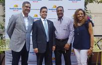 Blue Jays legend helps promote the Dominican Republic in Canada