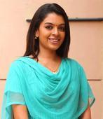Malayalam actress Radhika of Classmates-fame to marry soon [PHOTOS]