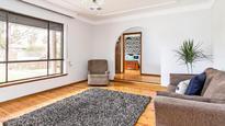 Flexible living with alfresco area