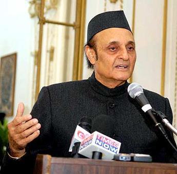 Congress future under Rahul is bright: Dr Karan Singh