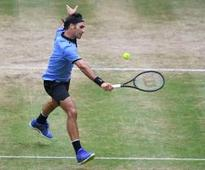 Eight-time champion Federer to face Zverev in Halle final