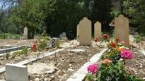 In Lebanon, Syrian refugees struggle to bury their dead