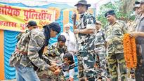 Cop on stage to fight Maoists