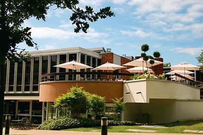 Insead tops FT MBA rankings. 3 Indian b-schools in top 100