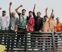 Bajrang Dal, VHP activists pelt stones at Agra police stations, 14 arrested