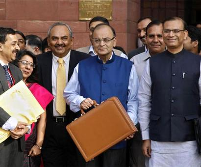 Centre tells EC why budget can't be delayed