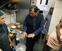 Be Alert: Posh Restaurant Kitchens Lay Unhygienic In Bengaluru, Finds Out BBMP Joint Commissioner