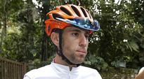 Rio 2016 Olympics: Italian Vincenzo Nibali breaks collarbones in cycling crash