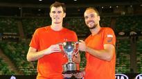 Before Djokovic-Murray clash, senior Murray wins Australian Open silverware