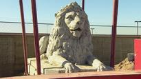 Centre Street Bridge lion to get facelift for pride of place in Rotary Park