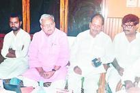 Gopal slur at Sushil, Nitish