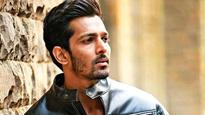Mumbai Rains: How Harshvardhan Rane turned Knight in armour to those stranded in roads