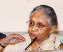 Shiela Dikshit holds luncheon meeting in Noida
