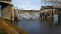 Temporary span opens over Skagit River in Washington State