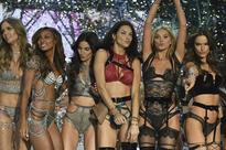 All the looks from tonight's Victoria's Secret 2016 Fashion Show