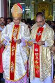 Mangaluru: Bishop Dr Aloysius DSouza unveils Hello Ruzay 2 directory