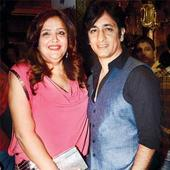 Rajev Paul is very special to me: Sunaina Roshan
