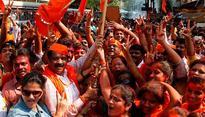 Shiv Sena backs MNSs 48-hour ultimatum telling Pakistani actors to leave India