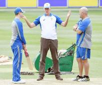 Aussies to prepare in Dubai for India  report