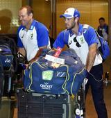 Australian cricket team treated 'unfairly' at Mumbai airport!