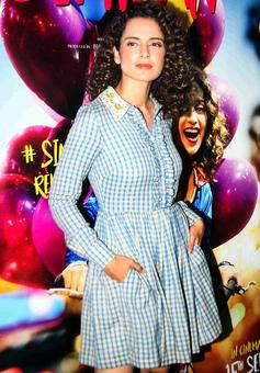PIX: Kangana watches Simran with Rajkummar Rao