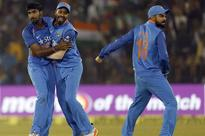 India beats England in Cuttack ODI to clinch the series 2-0 after Dhoni-Yuvi special
