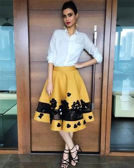 Malaika's tutu skirt or Radhika's black dress?