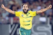 Tahir spins South Africa to T20 victory against NZ