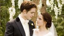 Get Ready To Reenact Your Favorite Parts Of Twilight Using More Than 900 Props Up For Auction